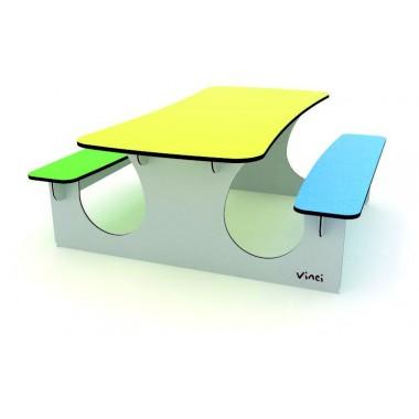 Stalai ir suoliukai